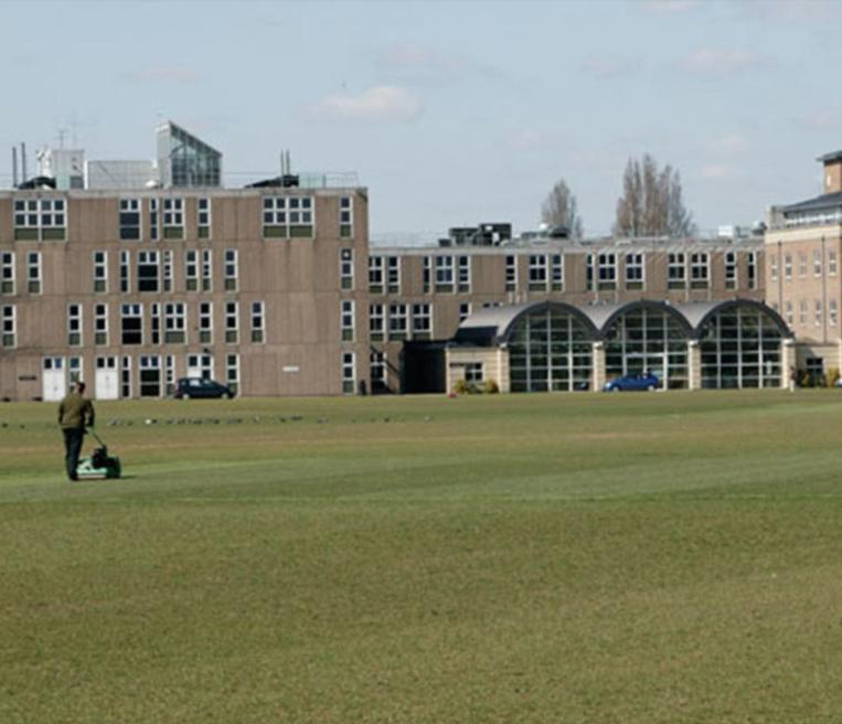 Частная школа в Лондоне для мальчиков